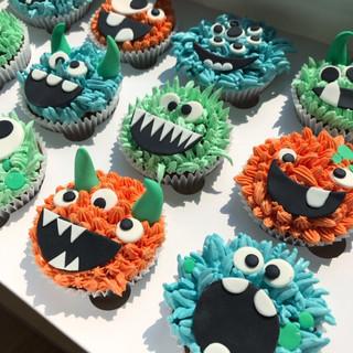 monster cupcakes 1 KMcakesEindhoven.jpg