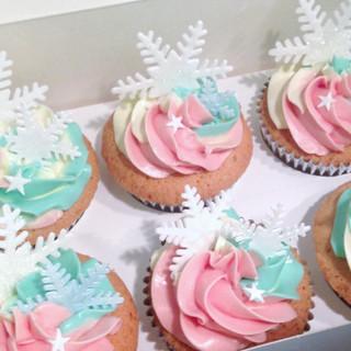 snowflake pink cupcakes KMcakesEindhoven