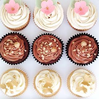 mixed cupcakes KMcakesEindhoven.JPG