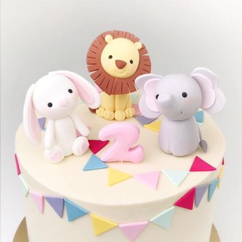 Rabbit Elephant Lion cake KMcakesEindhov