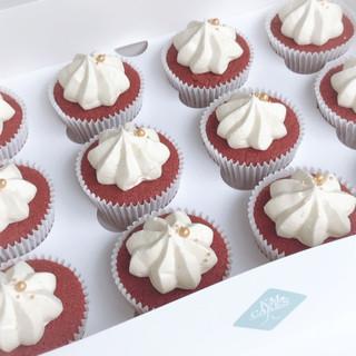Red Velvet cupcakes KMcakesEindhoven.JPG