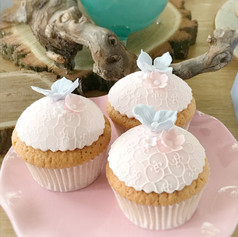 wedding cupcakes kmcakes.jpg