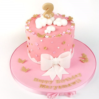 Bow cloud cake KMcakesEindhoven.jpg