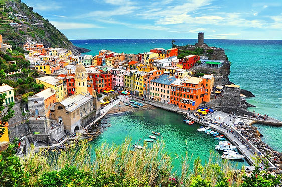 sailing in Italy, sailin gholidays, yacht charter, luxury yachts, bareboat charter Italy