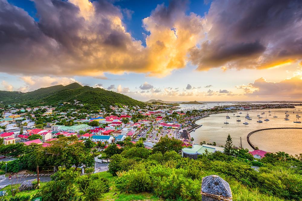 Caribbean sailing vacation, yacht charter, sailing holiday st. martin, leeward islands charter, catamaran charter