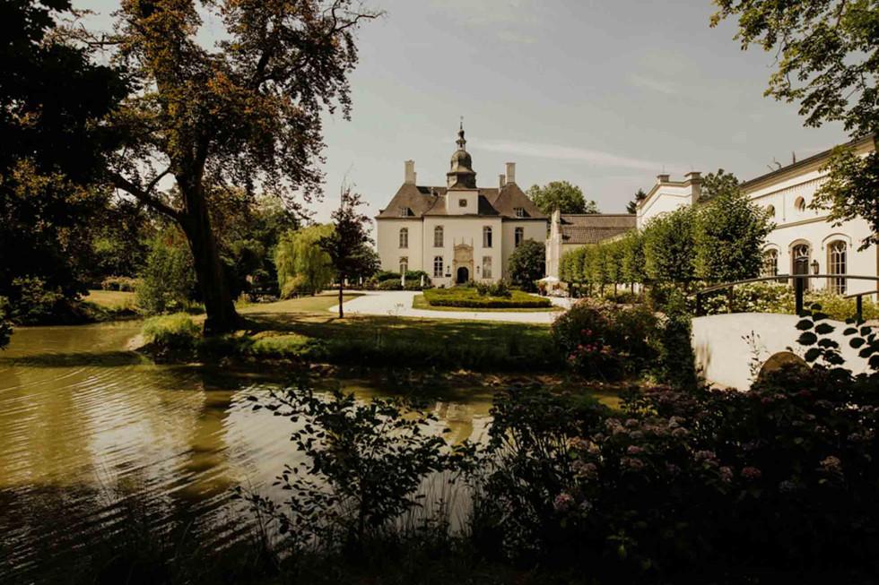 Hochzeit Schloss Gartrop-100.jpg