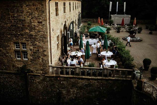 Hochzeit Schloss Hugenpoet-115.jpg