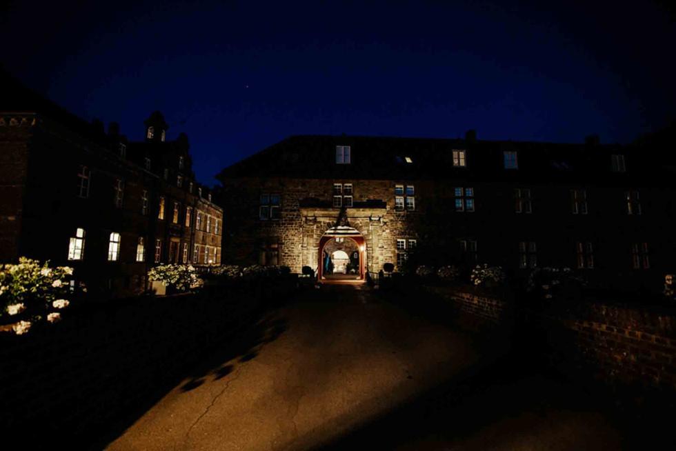 Hochzeit Schloss Hugenpoet-130.jpg