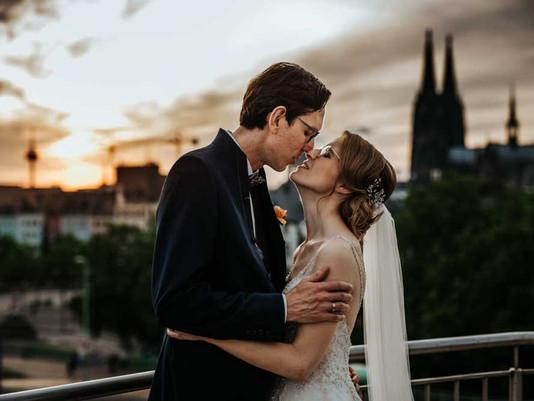 Hochzeit über den Dächern von Köln im Maritim