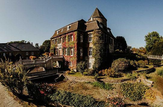 Hochzeit Schloss Linnep.jpg