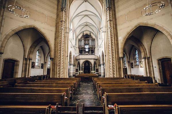 St.Laurentius Kirche Steele-1.jpg