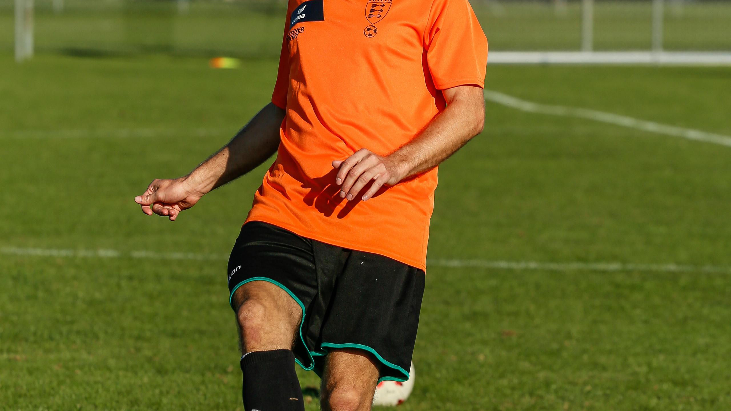 Linus Beerli am Ball