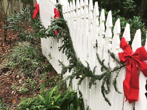 How To Make FREE Christmas Garland