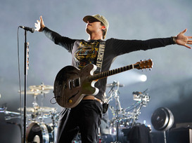 Blink-182/Angels & Airwaves Musician Tom DeLonge Writing/Directing Sci-Fi Film!