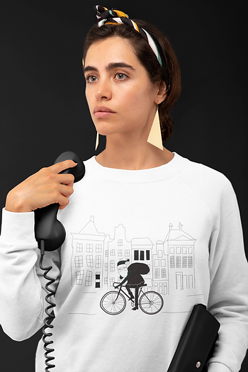 sweatshirt-mockup-of-a-woman-with-a-vint