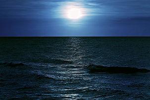 ocean-moon-oceandarker.jpg