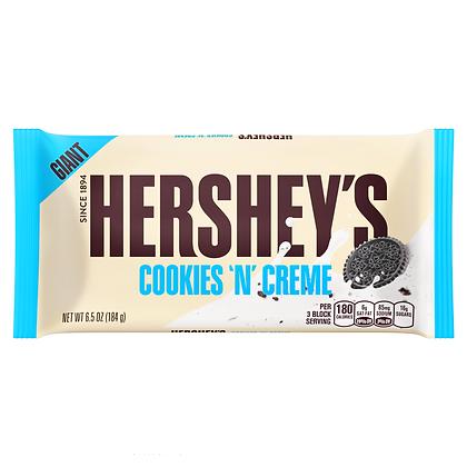 Hershey's Giant Cookies 'N' Creme Bar 184g