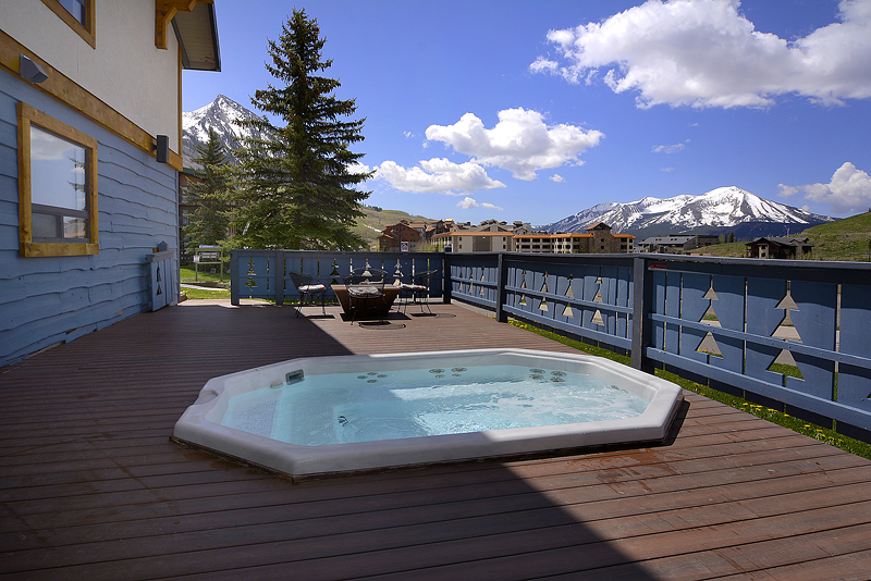 Nordic Inn Crested Butte Hot Tub