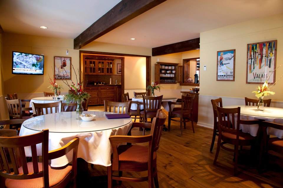 Nordic Inn Crested Butte Breakfast Dining