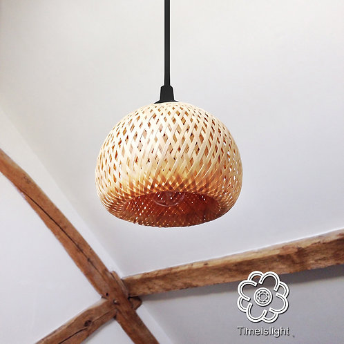 Suspension en bambou tressé LITTLE EGG - Ø 13 cm x H 10,5 cm - Timeislight