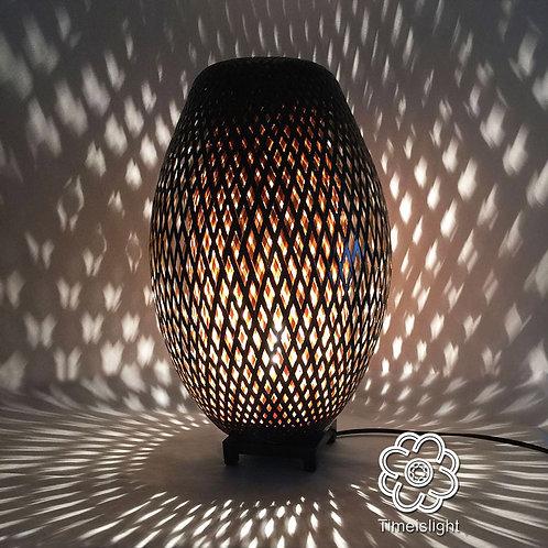 Lampe en bambou tressé COCOON noir & variateur Ø 28 cm x H 45,5 cm - Timeislight