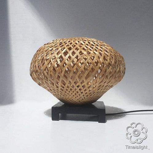 Lampe de chevet CANOPÉE en bambou tressé double peau - Ø22 cm x H17,5 cm