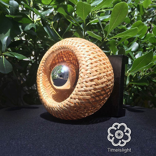 Lampe de chevet EGG or EYE + Variateur ≈ Ø 13 cm x H 12,5 cm - Timeislight