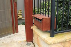letterbox/gate
