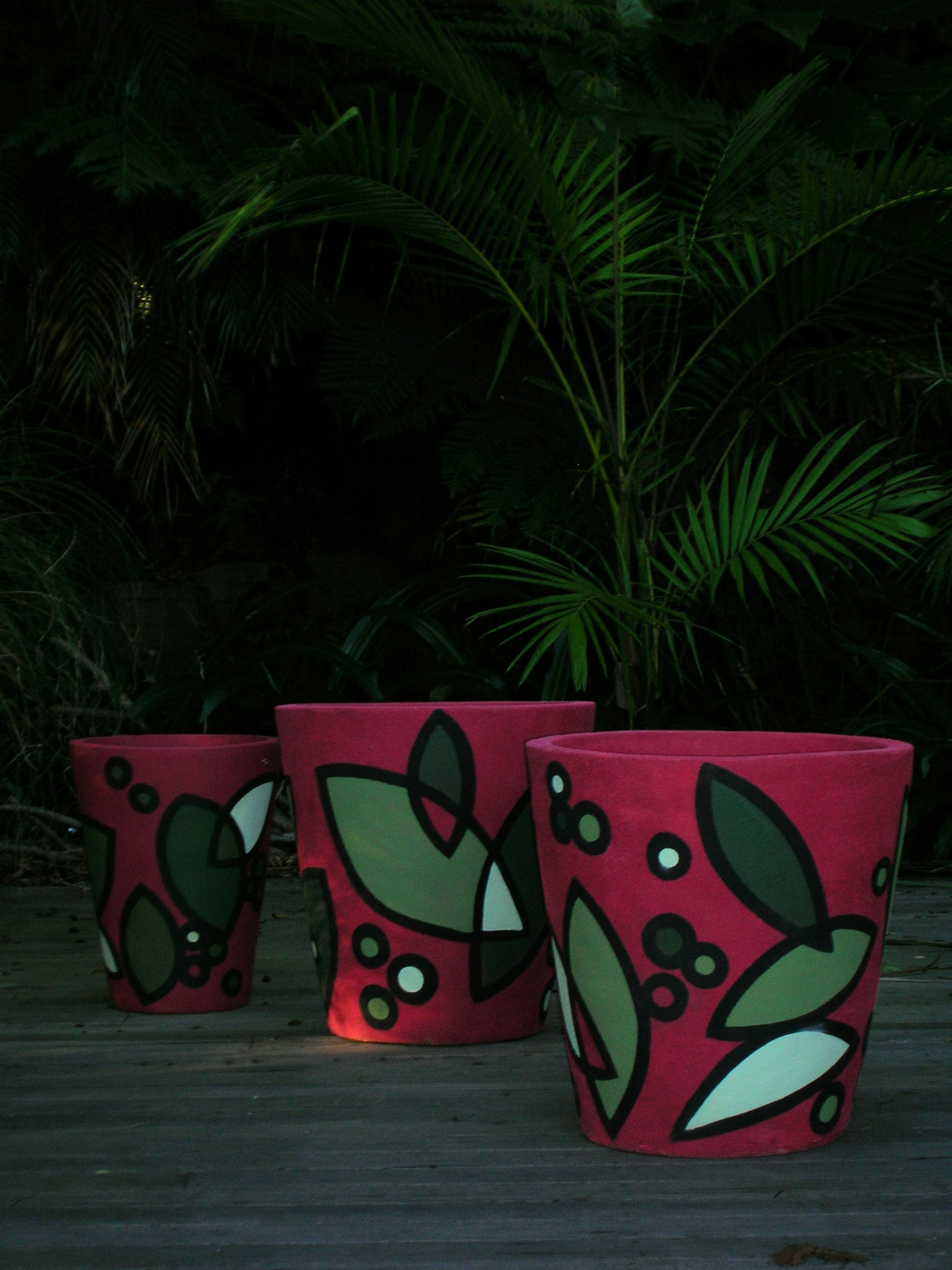 leaf plant pot