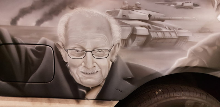 Stephen-Robson---Airbrush---Armed-Forces