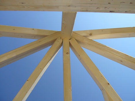 Holzkonstruktion_01.JPG