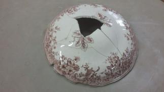 Coperchio in ceramica danneggiato
