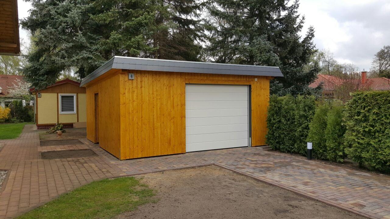 Garage mit Profilschalung-01