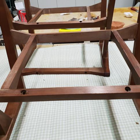 Telaio in legno della poltrona