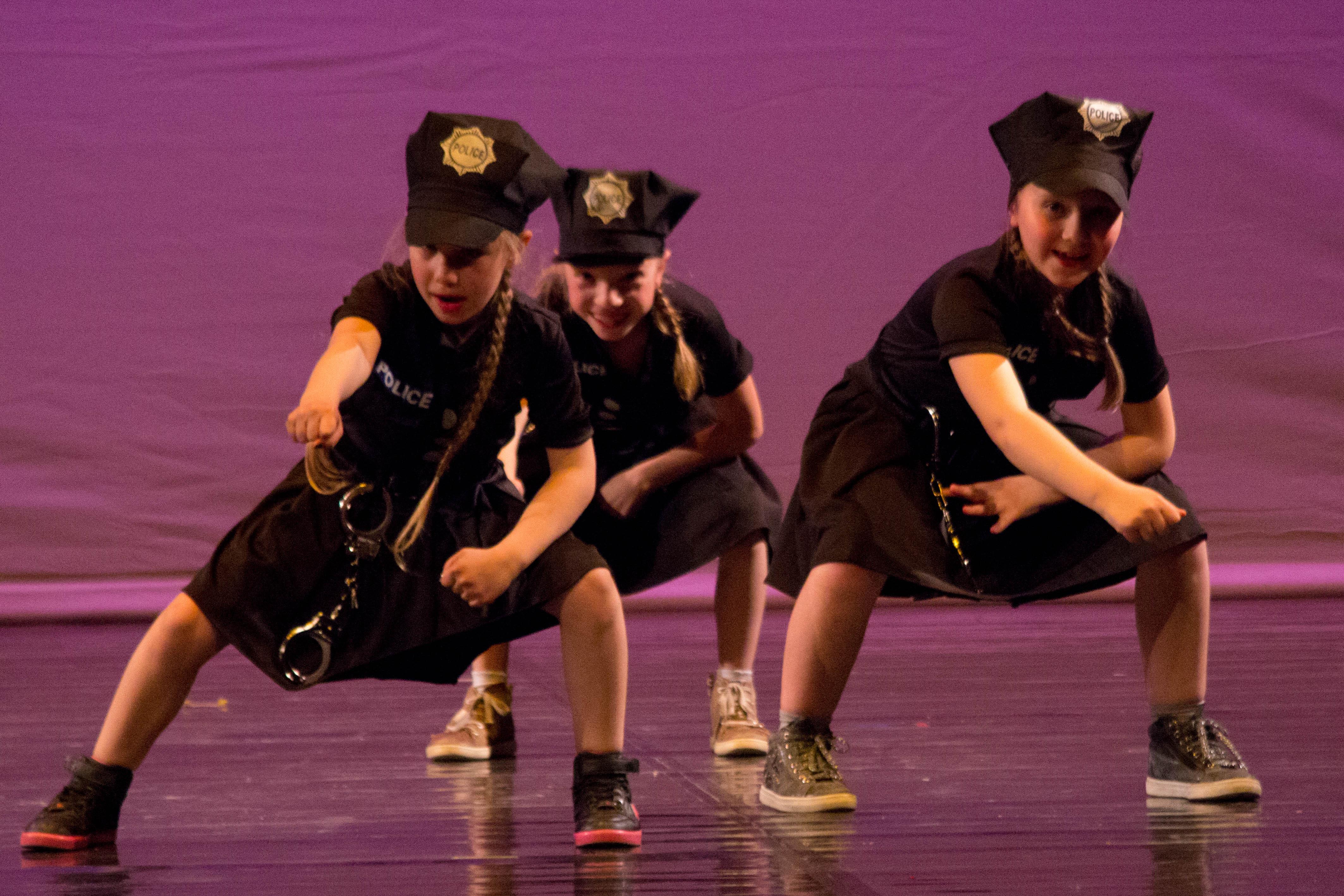 Spettacolo 2016 - Creare Danza