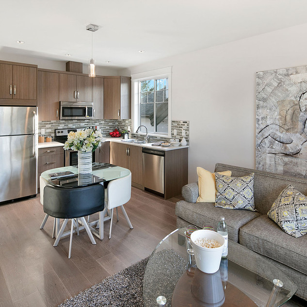 suite living dining kitchen.jpg