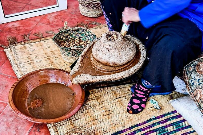 argan-oil-extraction-traditional-stone-h
