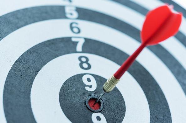 dart-target-arrow-hitting-bullseye-with-