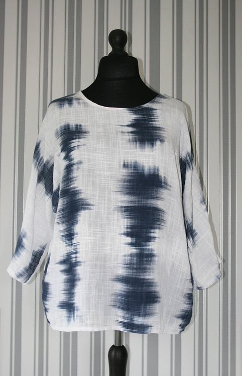 White and Navy Linen Style Top
