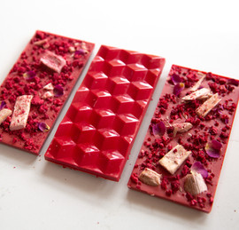 100% natural raspberry and rhubarb