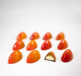 Mandarine jelly and yuzu ganache