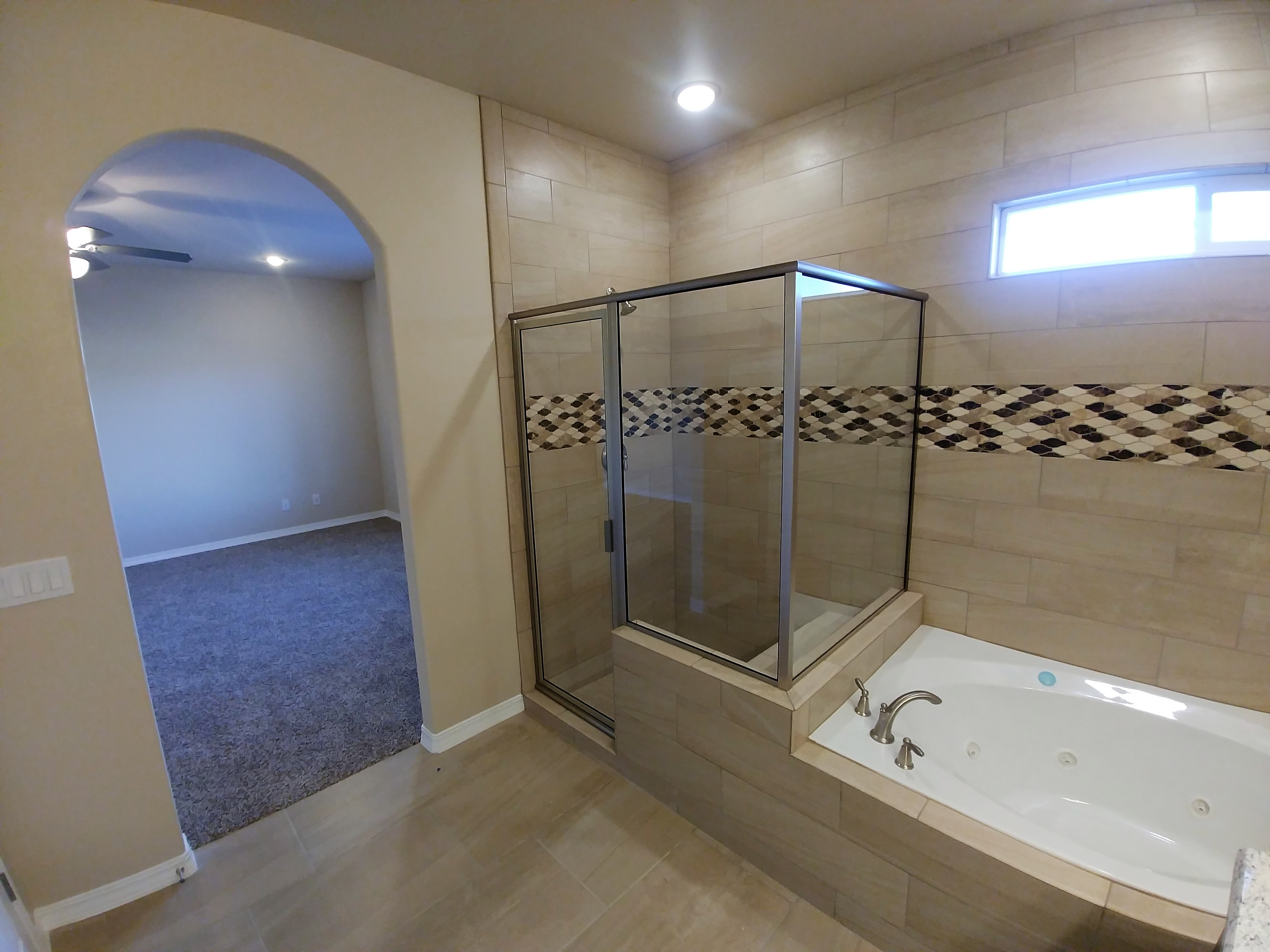 Master Bathroom/Suite