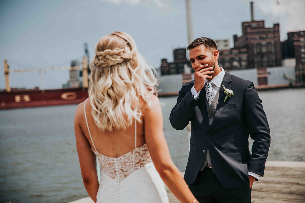 grooms reaction to bride for the first time