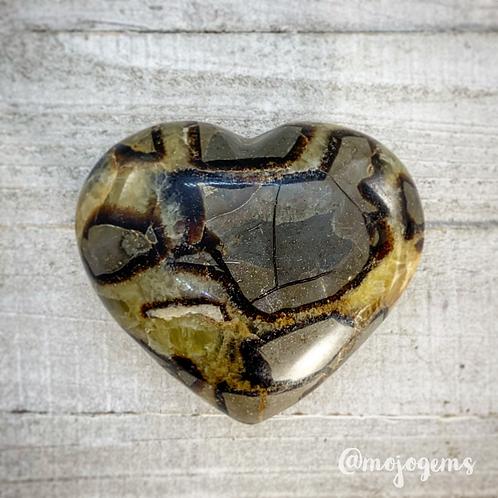 Septarian Heart (11.2 oz)