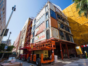 バルセロナ市コンテナを使った簡易住宅の入札開始
