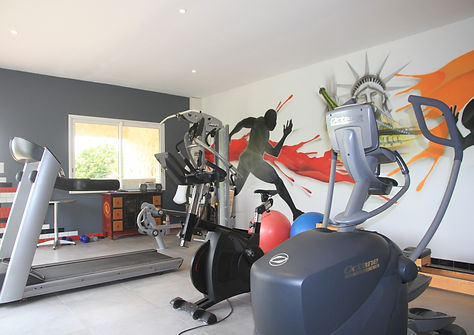 salle de fitnesse équpée