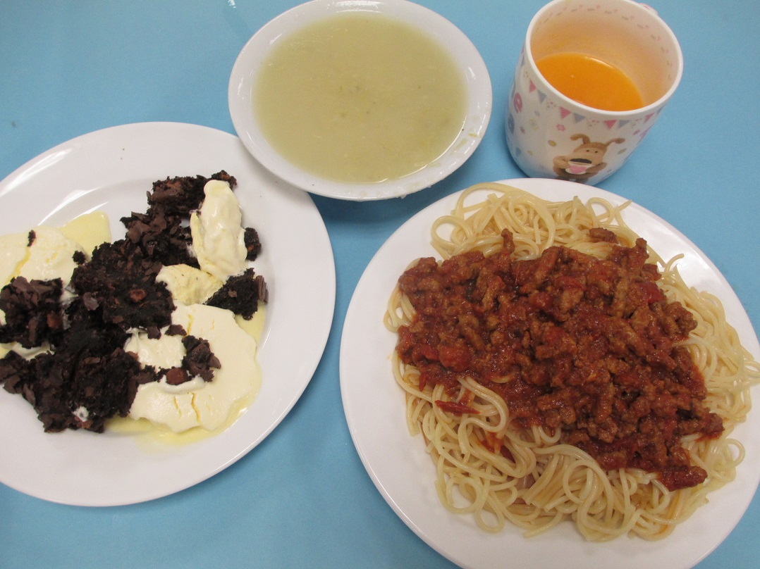 Alisha Green of Shakespeare School prepared Spag Bol, Soup and Brownies web