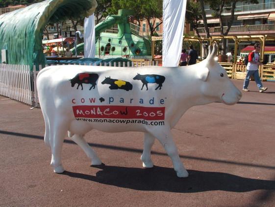 Vache Monaco pub.jpg