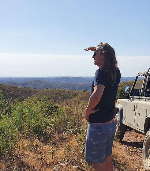jeep safari_edited.jpg