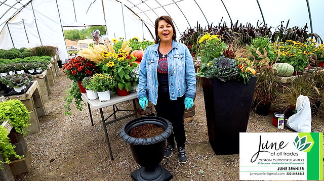 How to build a summer container using the TierraVerde Crescendo Urn